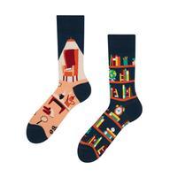 Veselé ponožky DEDOLES knihovna 35-38