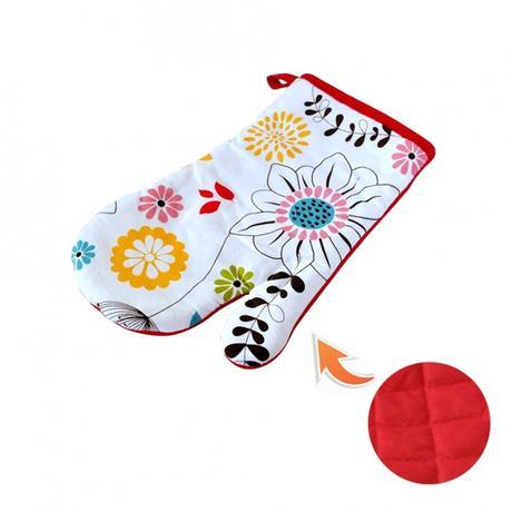 Kuchyňská chňapka, rukavice, červené květy