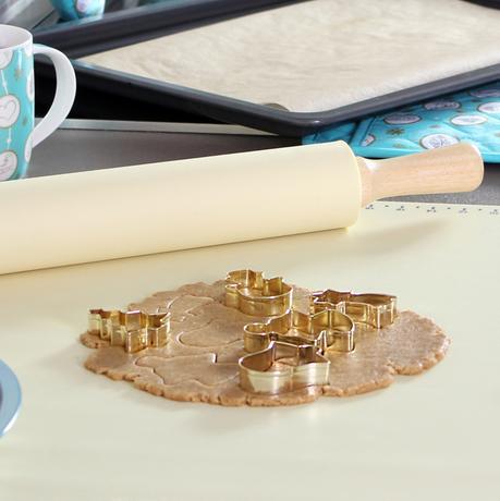 Vykrajovátko na cukroví TORO 7cm zlatý sob