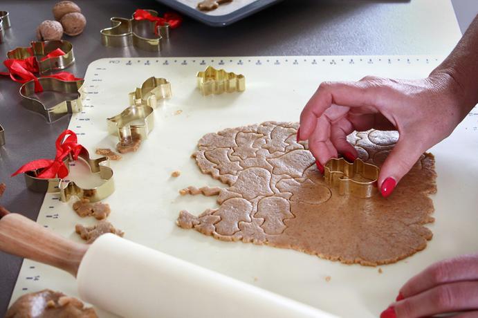 Vykrajovátko na cukroví TORO 7cm zlatý anděl