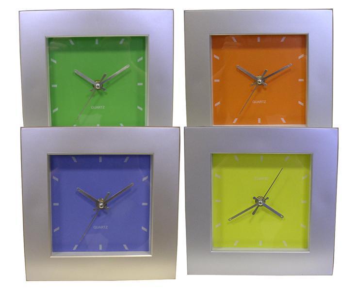 Nástěnné hodiny čtvercové, 20 x 20 x 4,5 cm